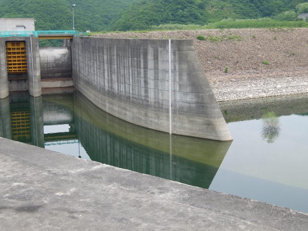 漆沢ダム 水位