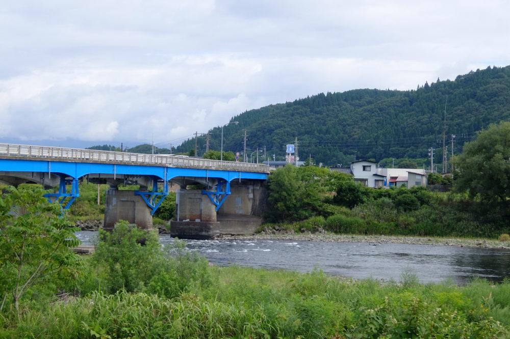 米代川 扇田橋 鮎釣り