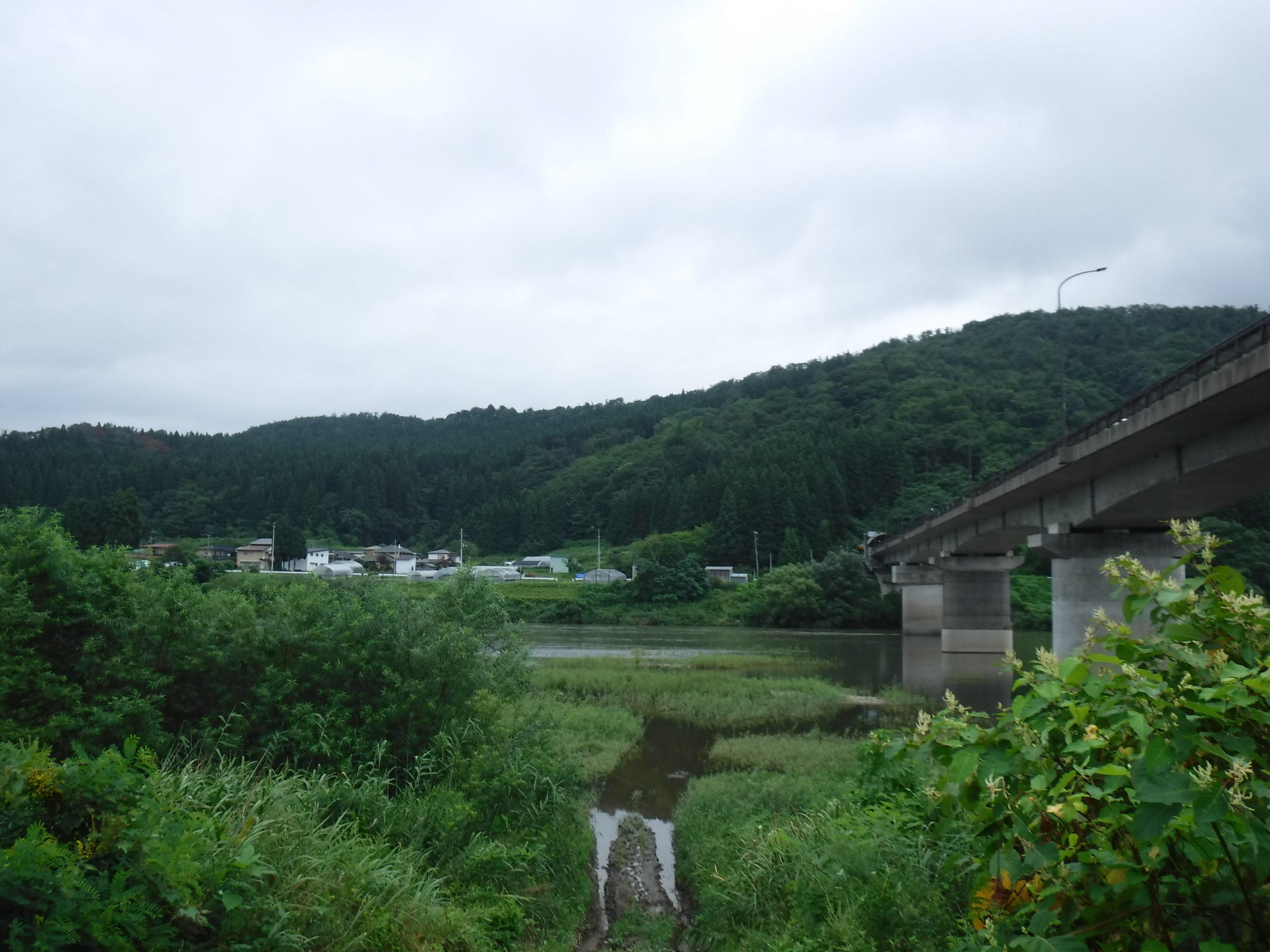 米代川の二ツ井 外面