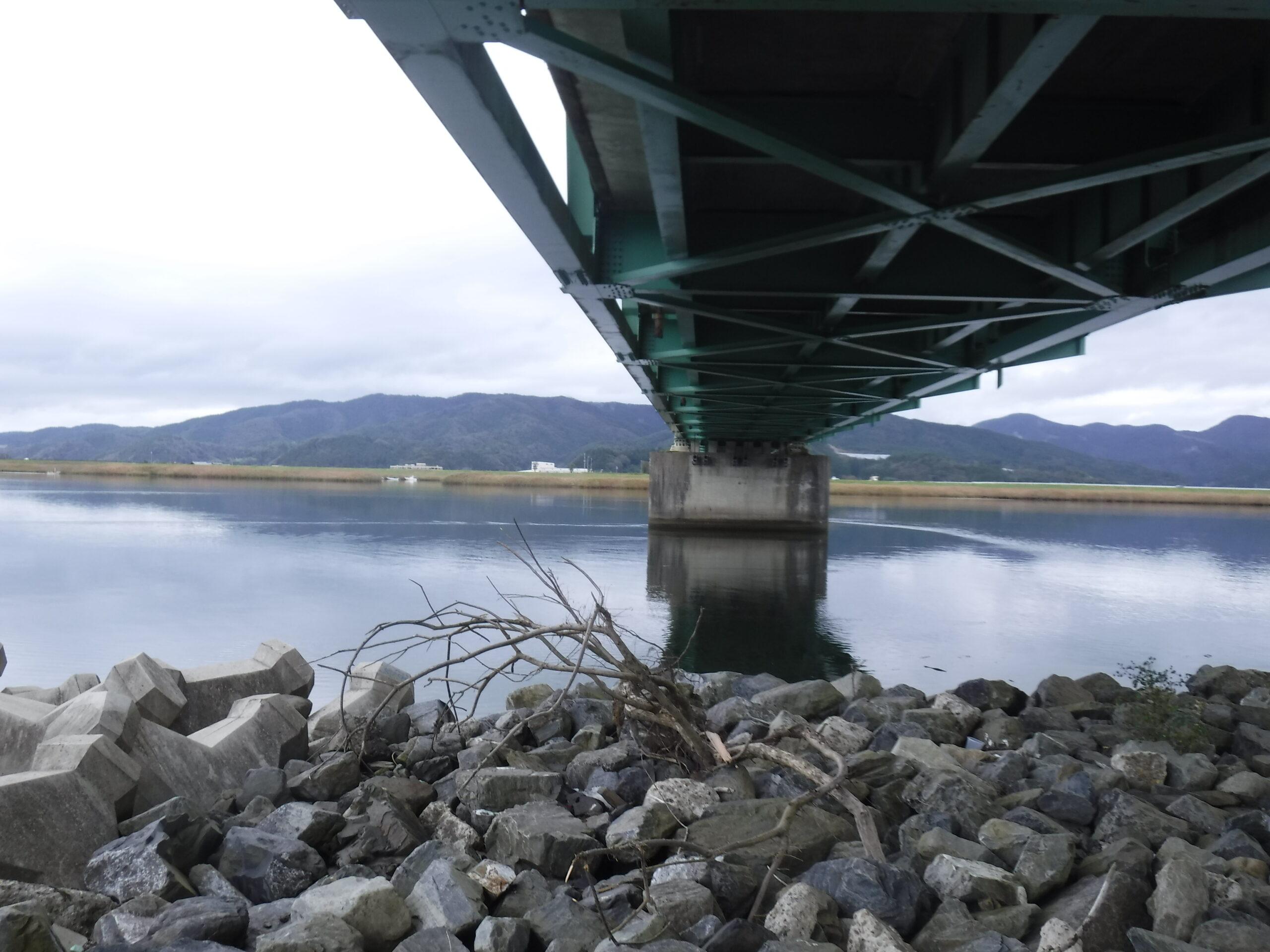 新北上川大橋 下
